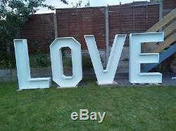 4ft/122cm LOVE Letters For Sale finnished in Matte White
