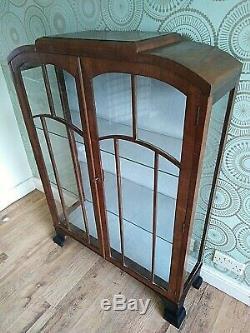 Delightful Original 1930s Art Deco Mahogany DIsplay Cabinet / Cocktail Cabinet