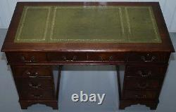 Premium Flamed Mahogany With Green Leather Top Twin Pedestal Partner Desk Chair