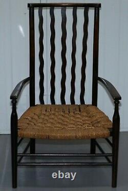 1 De 2 Petit 19ème Siècle Morris & Co Liberty Londres Lathback Armchair Woven