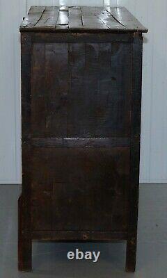 Ancien 19ème Siècle Peint À La Main Tibétain Alter Cabinet Sculpté À La Main Cèdre Bois