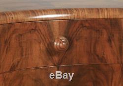 Antique Anglais Art Déco Ronce De Noyer Avec Nœud De Chevet Commode C1930