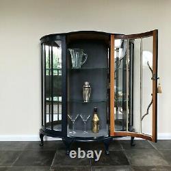 Art Déco Bow Fronted Affichage En Verre Cabinet / Gin Cabinet À Little Greene Basalte