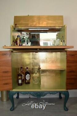 Art Deco Cocktail Cabinet En Verre Et En Or Armoire À Boissons
