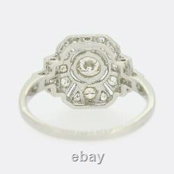 Art Déco Style 0.75 Carat Diamond Cluster Ring Platine