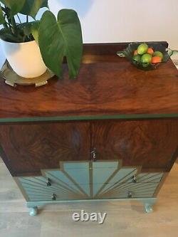 Art Déco Style Vintage Années 1920 Upcycled Tallboy / Gin Cocktail Cabinet