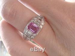 Bague À Diamants 1.005ct Et Saphir Rose Platine Dans Le Style Art Déco