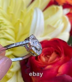 Bague Diamant De Style Art Déco 0.85ct Platine
