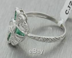 Bague En Or Blanc Sertie De Diamants De 1,97 Carat De Diamants De Style Art Déco Vintage 18 Carats