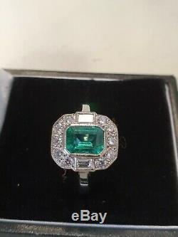 Bague Style Art Deco Avec Émeraudes Et Diamants