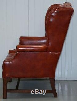 Beau Fauteuil Chesterfield Wingback Vintage Entièrement Boutonné