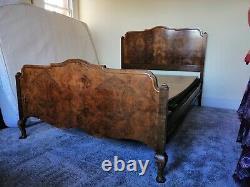Cadre De Lit Double En Noyer Vintage Des Années 1930