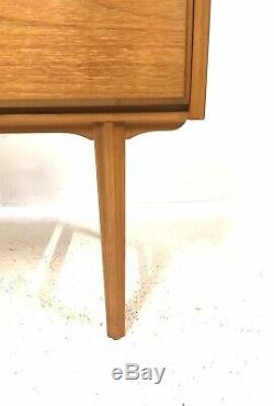 Century Retro Vintage MID Danoise Époque Des Années 1960 Lumière Teck Compact Cabinet Enfilade