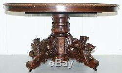 Chasse Chêne Massif Victorien Vers 1880 Pieds De Table Representation Sanglier Chien Et Renards