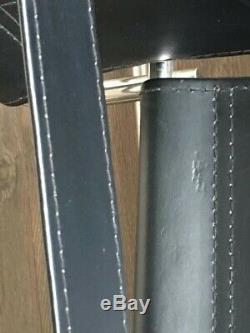 Fauteuil Design Wassily Fauteuil Marcel Breuer En Cuir Noir Des Années 1920