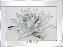 Image De Fleur Scintillante Blanche Dans Le Cadre Reflété, Image D'art De Scintillement