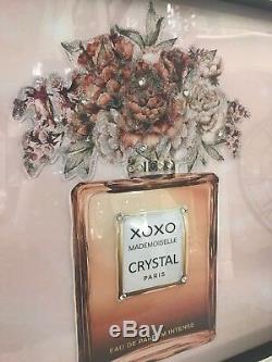 Image De Paillettes De Bouteille De Parfum Beige Avec Un Cadre En Étincelle Diamant