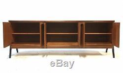 Moderniste Teck Cabinet Vintage Enfilade Milieu Du Siècle Danois Époque Des Années 1960 6.5ft