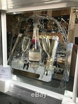Moet Champagne Et Flûtes Image De Paillettes 3d En Miroir, Image Moderne
