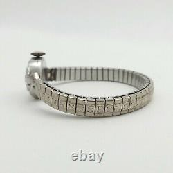 Montre-bracelet Art Déco Platinum Diamond Waltham Ladies Wind Up Watch