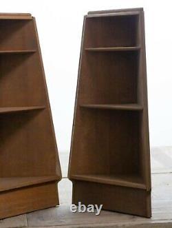 Paire D'étagères En Chêne Limé De Style Triangular Heals MID Century