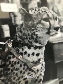 Photo D'art Mural Paillettes Lady And Leopard Avec Cadre En Miroir