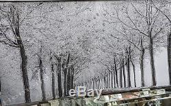 Photo Noir Et Blanc Des Bois Avec Des Cristaux, De L'art Liquide Et Un Cadre De Miroir