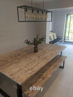 Table À Manger Upcycled Reclaimed Scaffolding Board Avec Pattes Raides Industrielles