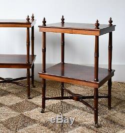 Une Paire De Vintage Mahogany Brass Chaise Canapé-lit Tables D'appoint Lampe Café Etagere