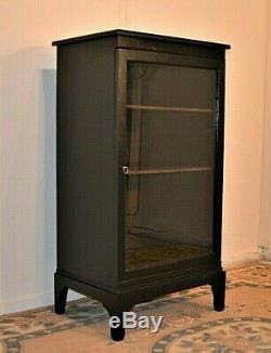 Vitrine Vintage Shop - Clé De Verrouillage Peinte En Noir - Livraison Disponible